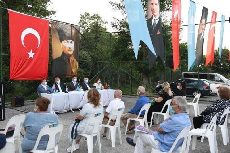 Beşiktaş Belediye Başkanı Rıza Akpolat ilçe sakinleriyle bir araya geldi