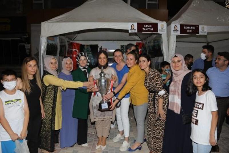 Kızıltepe'de üreten kadınlardan hasat şöleni