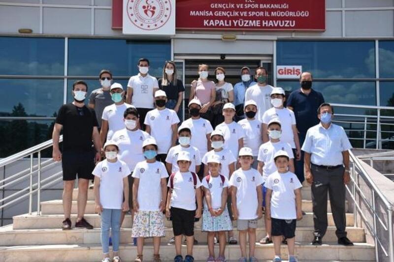 Şehzadeler Belediyesi yaz spor okulları 4 branşla eğitime başladı