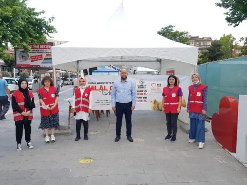 Niğde'de Kızılay kurban bağış standı açtı
