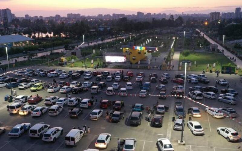 Adanalılar dev ekranda 'Naim' filmini izledi