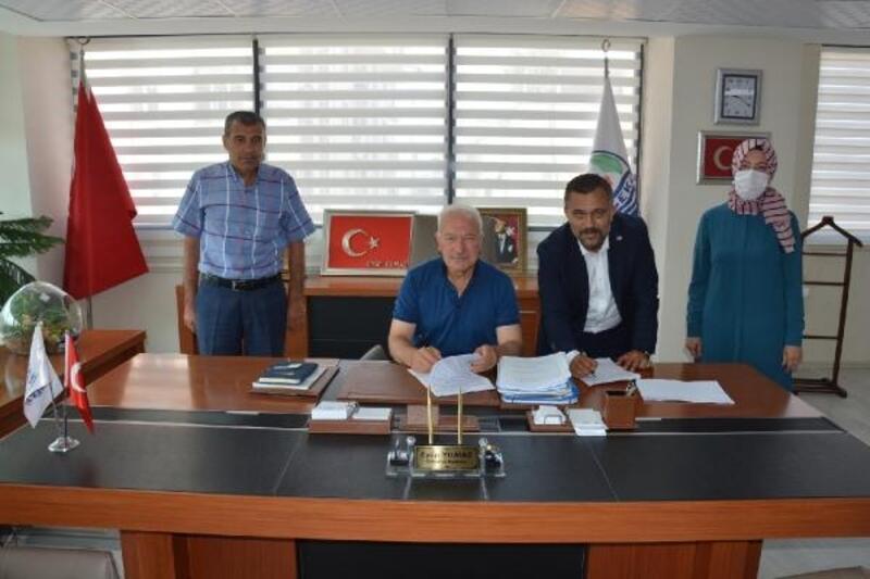 Lapseki Belediyesi'nde toplu iş sözleşmesi imzalandı