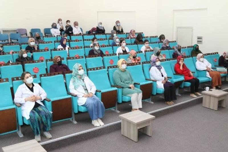 """Van Büyükşehir """"Mahremiyet ve Çocuk İstismarı"""" konulu seminer düzenledi"""