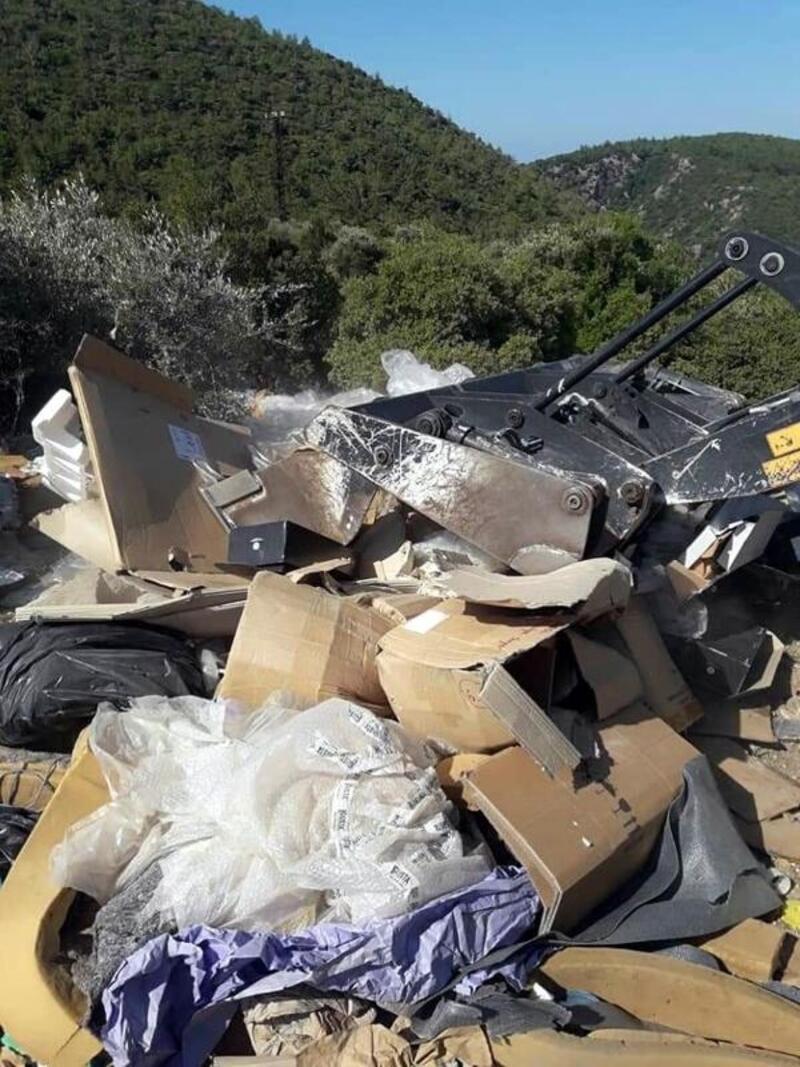 Ormandan 32 ton çöp toplandı