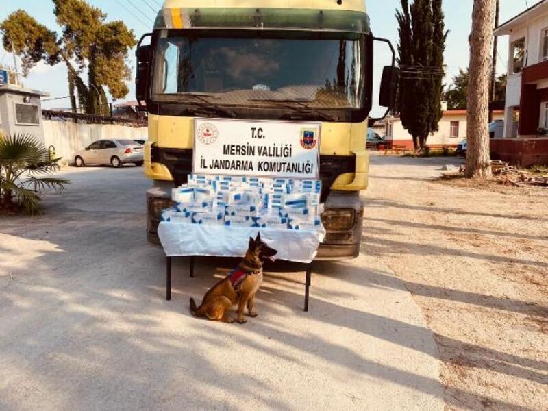 Tarsus'ta 2bin paket kaçak sigara ele geçirildi