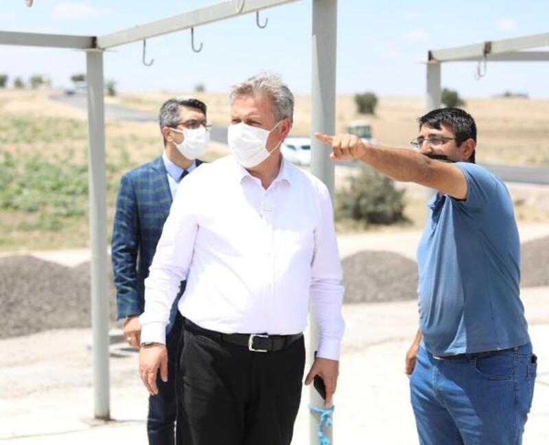 Melikgazi Belediyesi, kurban pazarı için asfaltlama çalışmalarına başladı