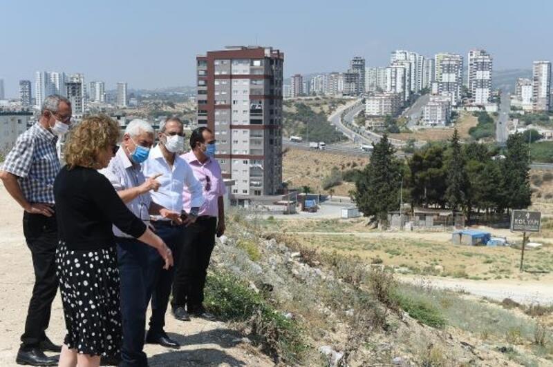 Başkan Bozdoğan'dan yapımı süren merkezlerde inceleme