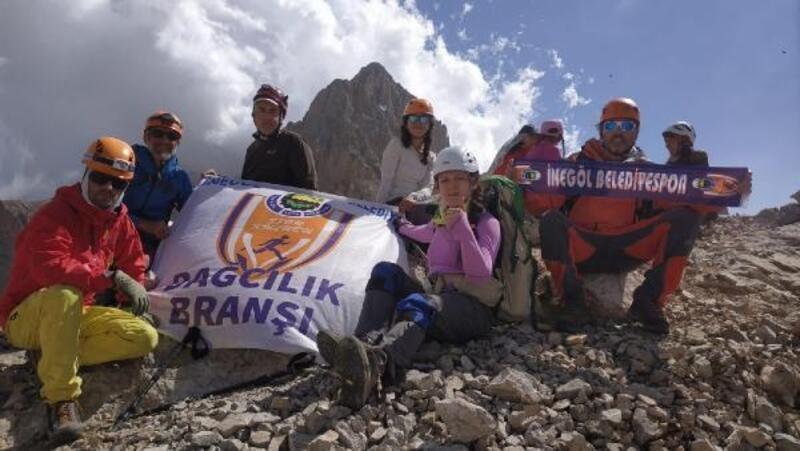İnegöl Belediyesporlu dağcılar 2 günde 5 zirve gördü