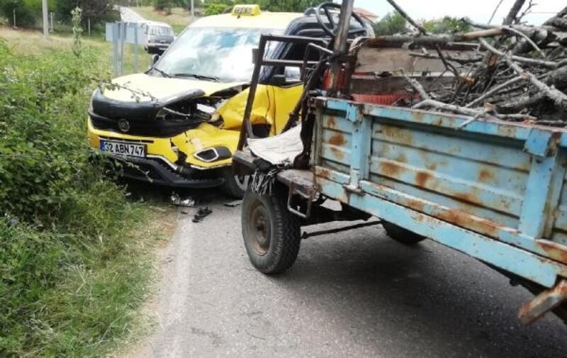 Patpat ile taksi çarpıştı: 1 ölü