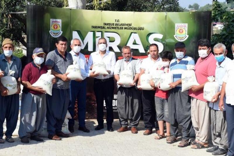 Tarsuslu çiftçilere, 16 ton ata tohumu dağıtıldı