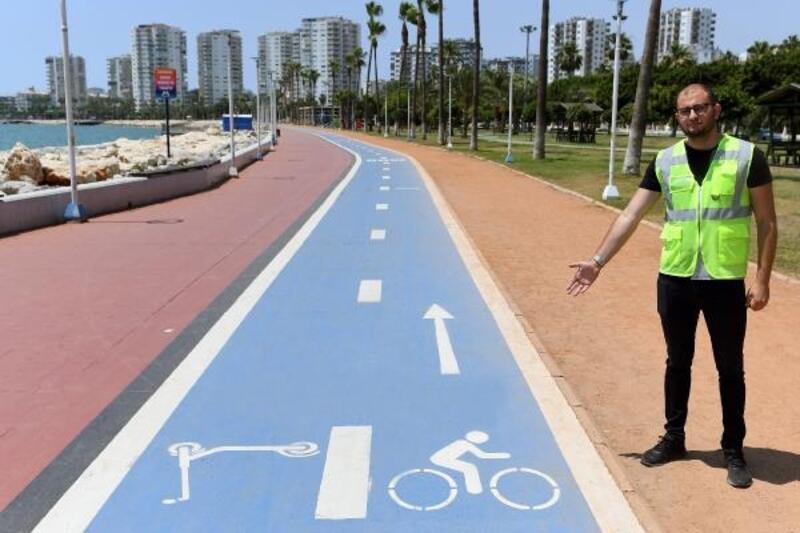 Mersin Büyükşehir'den yayalara 'Bisiklet yolu' çağrısı