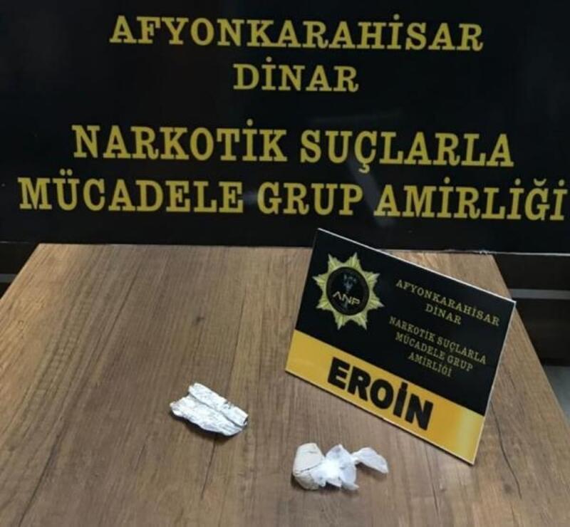 Dinar'da uyuşturucuya 2 gözaltı