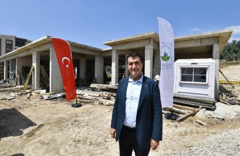 Osmangazi Belediye Başkanı Dündar, aile sağlığı merkezi inşaatını inceledi