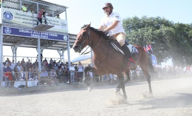 Rahvan at yarışlarına yoğun ilgi