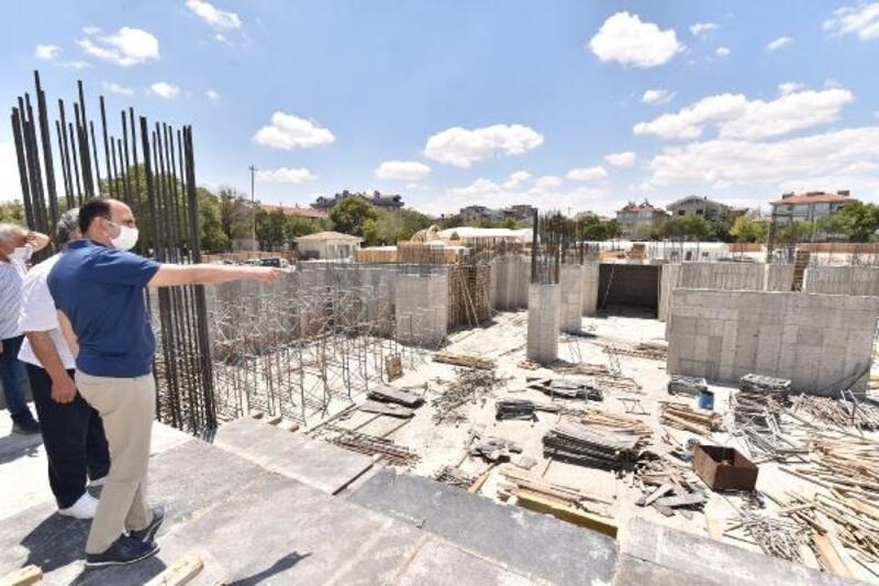 Konya Büyükşehir Belediye Başkanı , Millet Bahçesi inşaatını inceledi