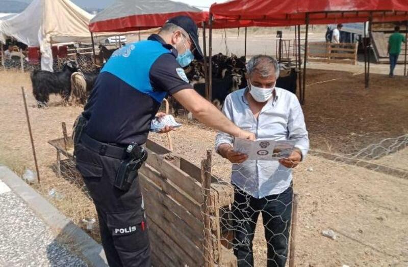 Polisten, kurban pazarında hırsızlık ve sahte para uyarısı