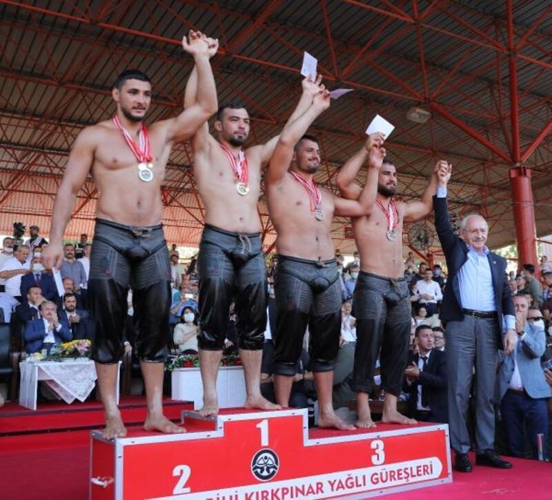 Büyükşehir pehlivanları, Kırkpınar'da takım olarak birinci oldu