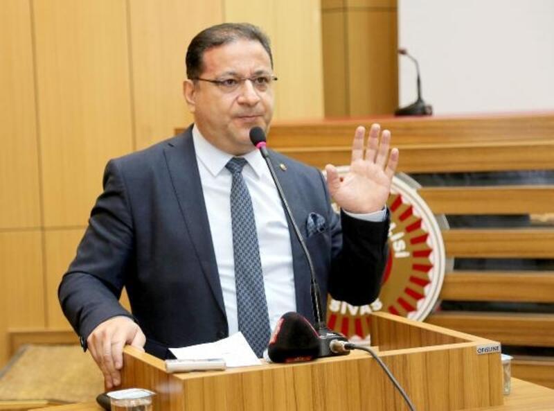 Başkan Eken: İzmir uçak seferleri tekrar başlatılmalı