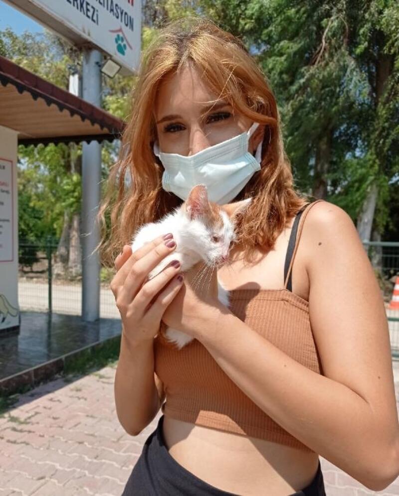 Konyaaltı'nda hayvan barınağı ziyarete açıldı