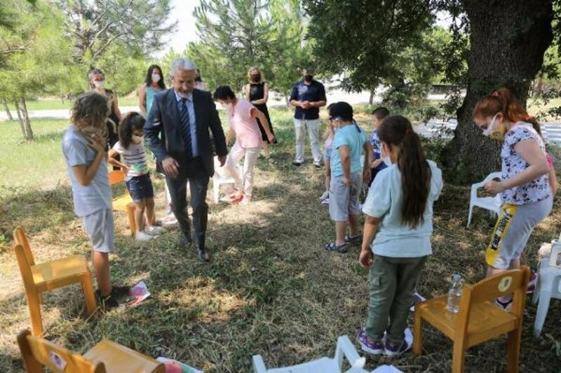 Nilüfer Belediye Başkanı Erdem, çocukların eğlencesine ortak oldu