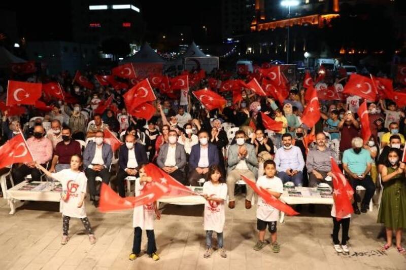 15 Temmuz Demokrasi ve Milli Birlik Günü etkinliğinde minikler ön safta