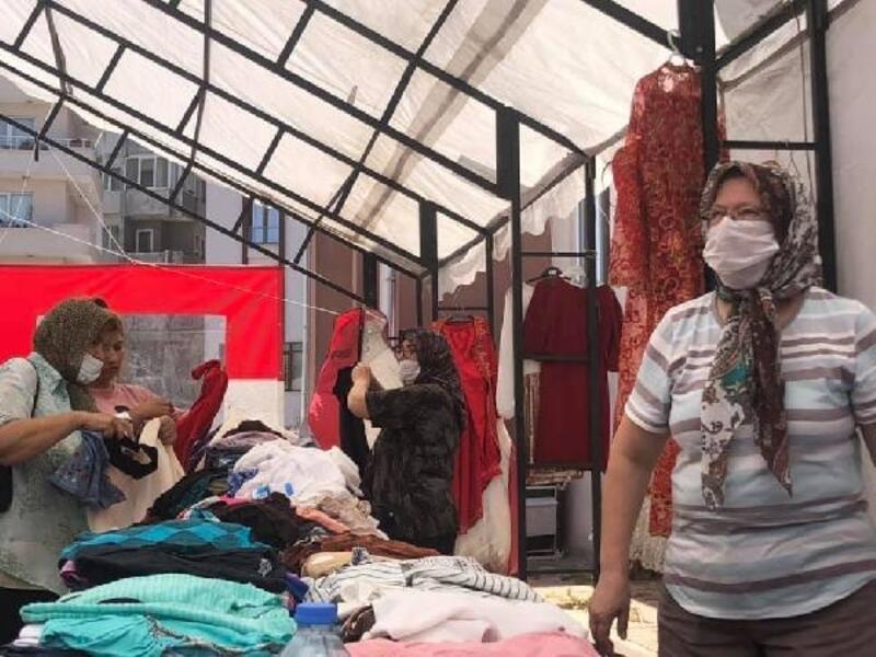 Keşan'da ihtiyaç sahibi 150 kişiye 1700 parça eşya dağıtıldı