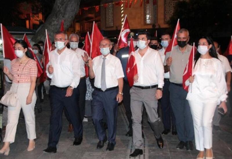 Serik'te 15 Temmuz Demokrasi ve Milli Birlik Günü anması