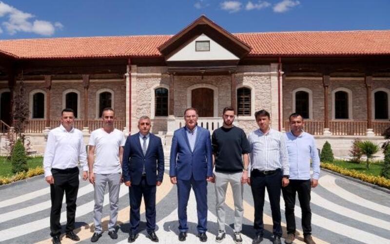 Kamu Başdenetçisi Malkoç'tan Sanayi Mektebi Müzesi'ne ziyaret