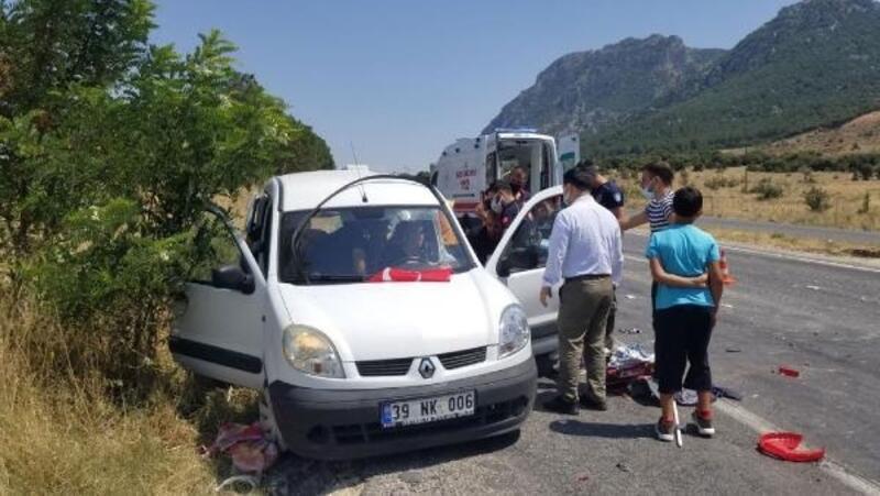 Kamyonunun çarptığı otomobildeki sürücü yaralandı