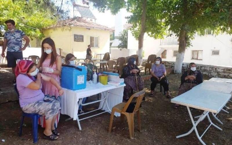 Koronavirüse karşı köylerde aşılama çalışmaları sürüyor