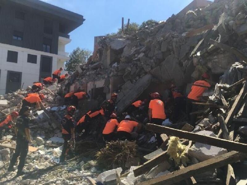 Beşiktaş'ta olası İstanbul Depremi'ne karşı çok yönlü 'tatbikat' yapıldı