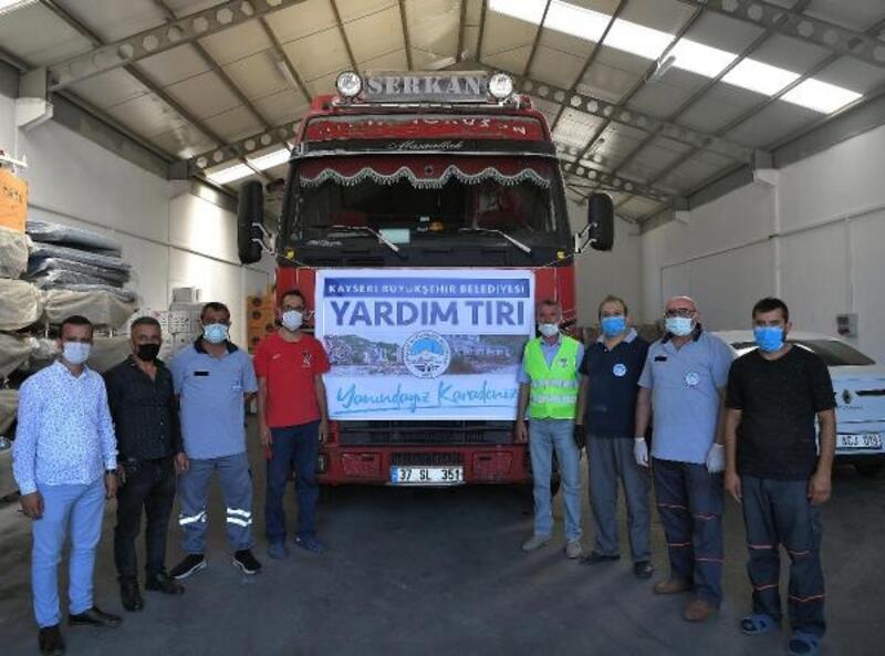 Büyükşehir'den Kastamonu'ya 1 TIR dolusu yardım