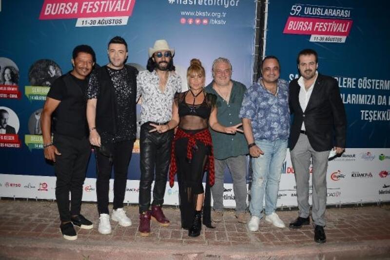 Bursa Festivali'nde 90'lara yolculuk yapıldı