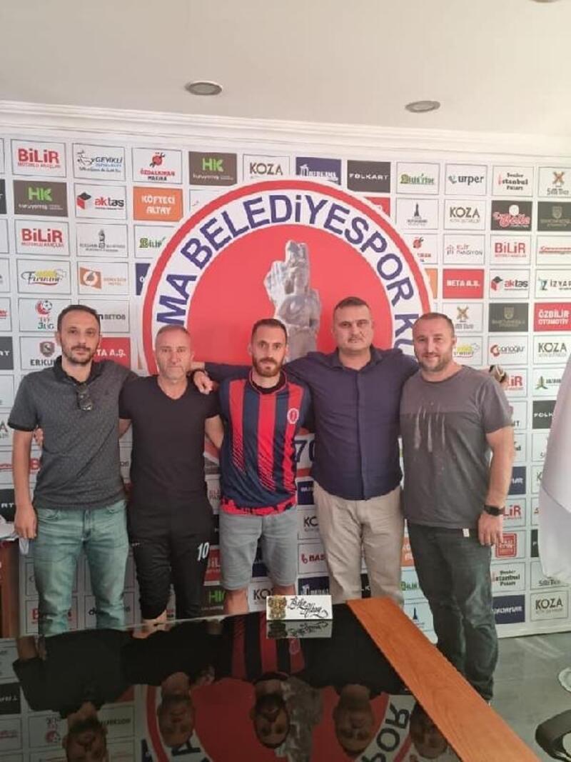Bergama'da Murat Kayalı imzayı attı