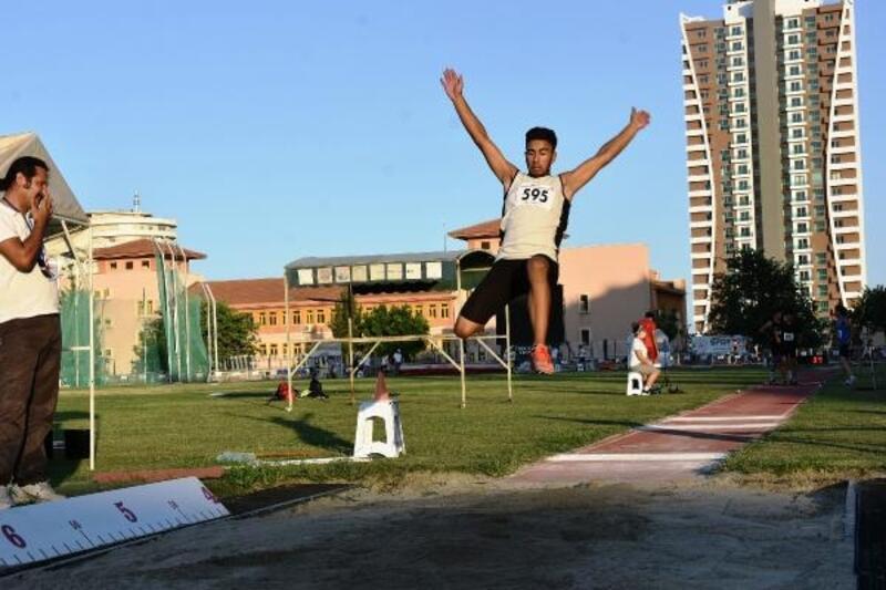 Olimpik Deneme Yarışları ve Turkcell Türkiye U16 Atletizm Şampiyonası sona erdi