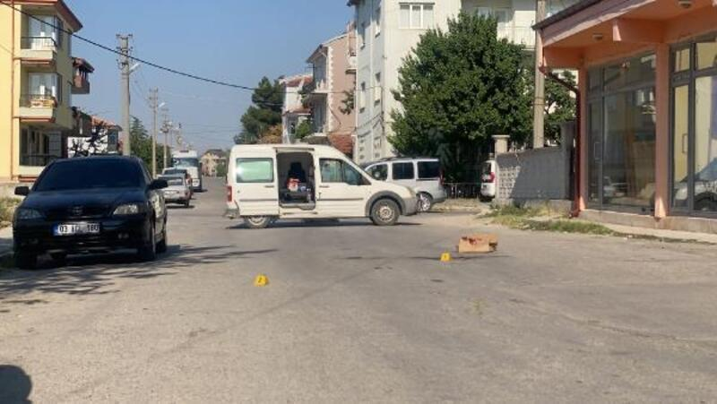 Bolvadin'de silahlı kavga: 1 yaralı