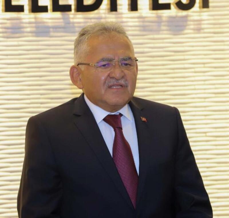 Kayseri'de 17 belediye başkanı, bu ayki maaşlarını AFAD'a bağışladı