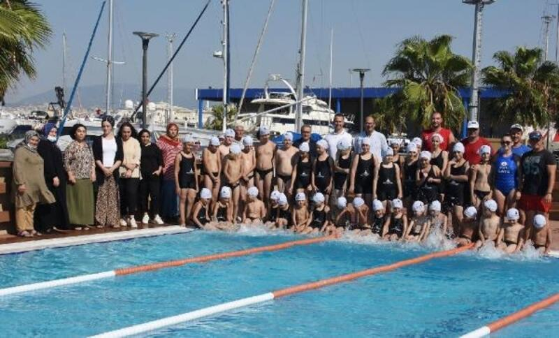 İzmir'de 2 ayda 5 bin çocuk yüzme öğrendi