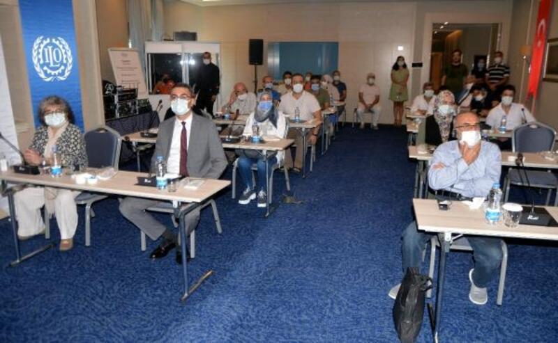 Suriyeli sağlık çalışanlarına iş sağlığı ve güvenliği eğitimi