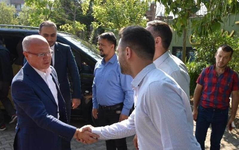 AK Parti İl Başkanı Gürkan, mahalle başkanları ile buluşmaya devam ediyor