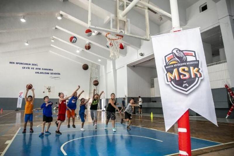 GSK Erkek Basketbol Takımı'nın altyapı seçmelerine yoğun ilgi