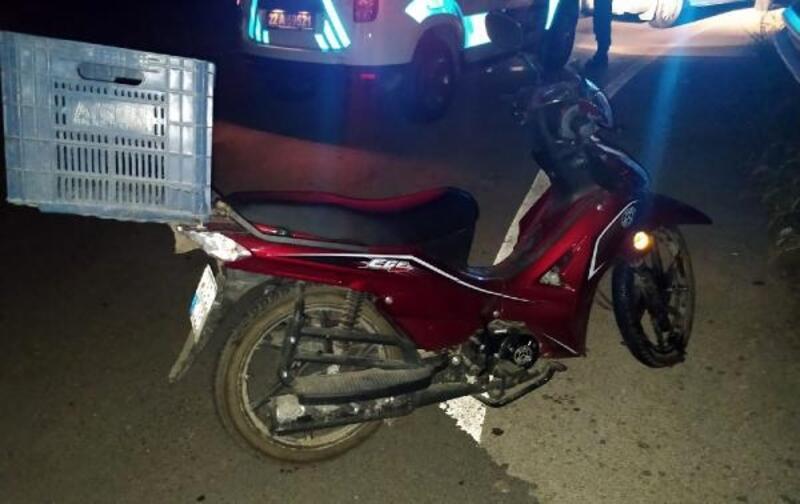 Kamyonete çarpan motosikletin sürücüsü yaralandı