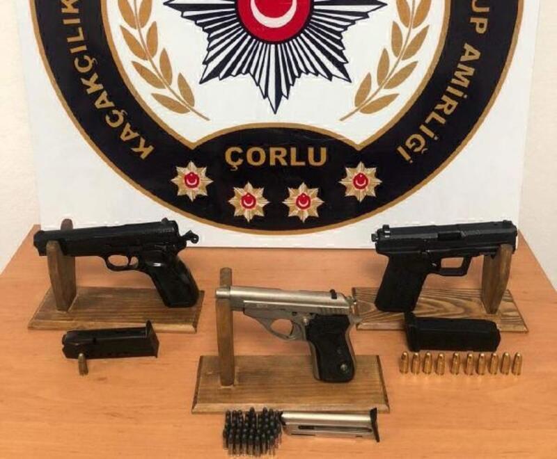 Tekirdağ'da 3 tabanca ele geçirildi; 2 gözaltı