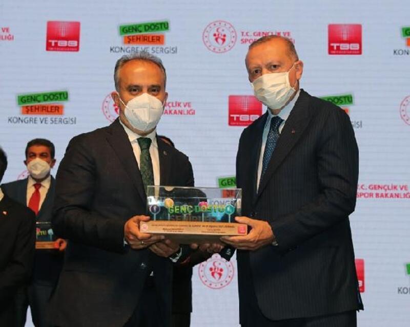 Bursa, 'Genç Dostu Şehirler Kongresi'nde ödüle değer görüldü