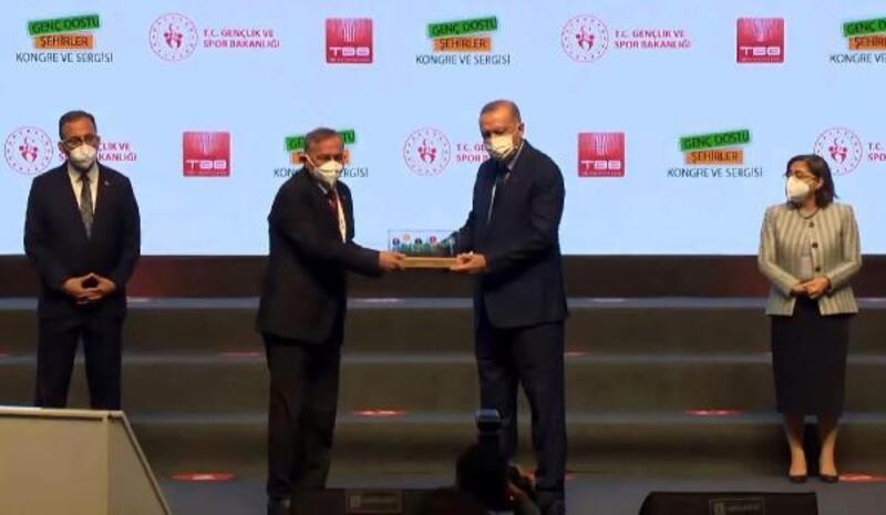 Seyhan'a 'Genç Dostu Şehir'ödülü
