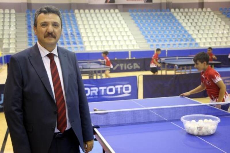 Minik altı milliler masa tenisi kampı Tokat'ta başladı