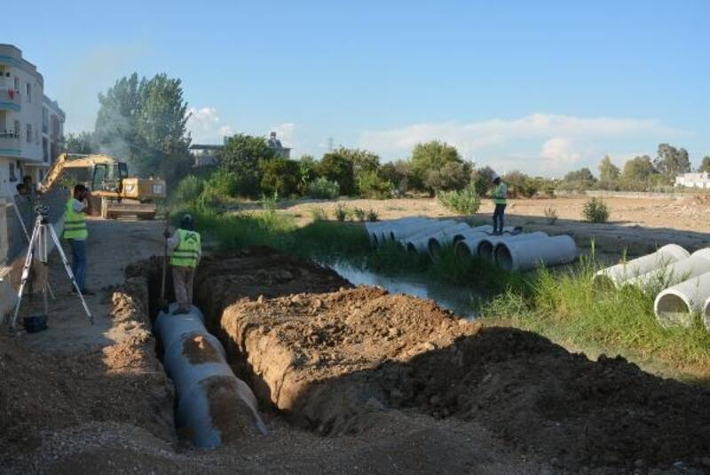 Tarsus'ta açıktan akan kanal kapatıldı