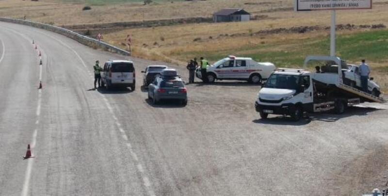 Jandarmadan ehliyetsiz ve muayenesiz araç kullanan sürücüye ceza