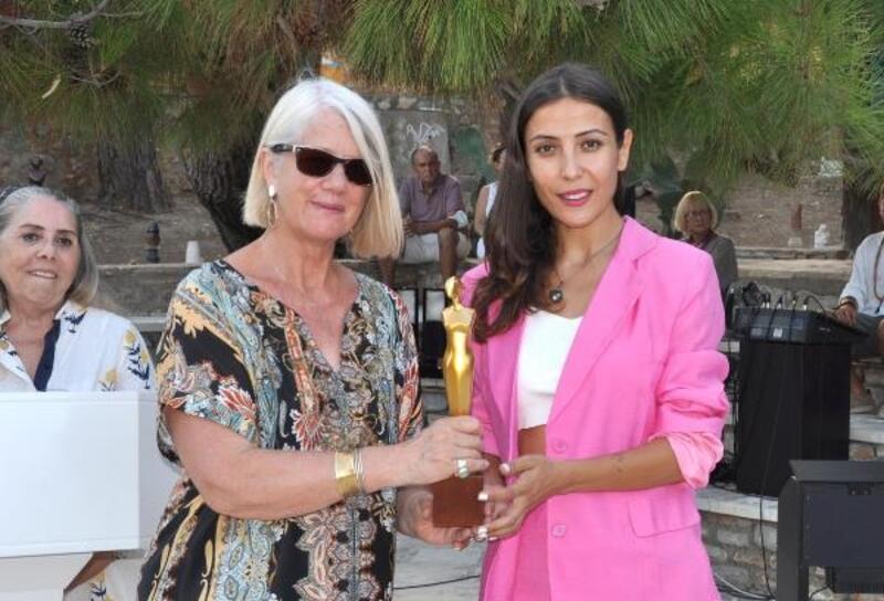 Datça'dan Yeni Zelanda Başbakanı'na ödül