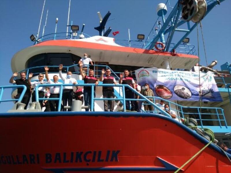 Erdek'te,  balık sezonu öncesi resmi tören yapıldı